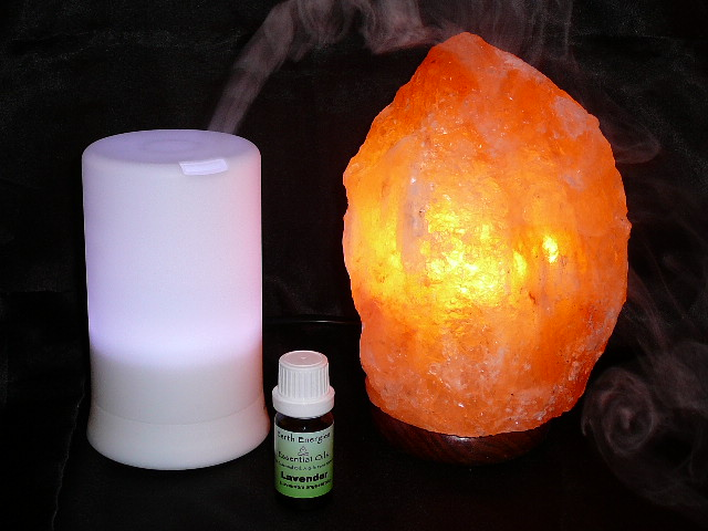 HIMALAYAN SALT LAMP, AROMATHERAPY PACK & LAVENDER OIL 10% OFF - Great Health Gift