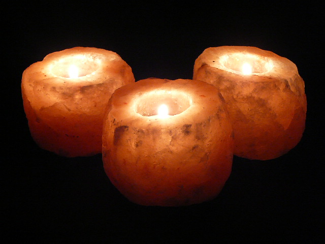 Himalayan Salt Tea Lights x 3 - Medium 1.00-1.25kg ($6.75 each)