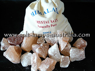 1kg Himalayan Salt Chunks for Bathing with Hessian Gift Bag