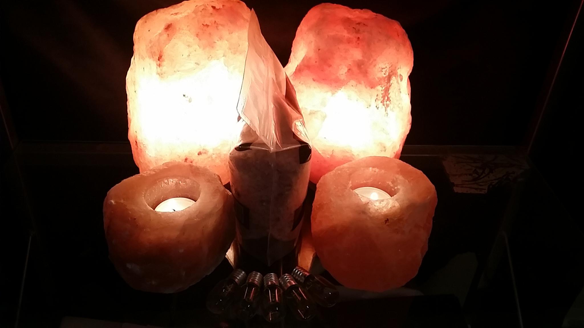 Salt Lamp Small Home Pack #2 - 2 x 2-3kg Lamps, 2 x Tea Lights, 1kg Salt, 5 spare globes